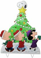 "42"" Peanuts Gang Caroling Around Christmas Tree Christmas Decor Hammered Metal"