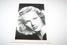 Vintage SIGNED photo #656 - ACTRESS - JUNE HAVER