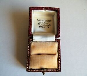 A QUALITY VINTAGE ANTIQUE LEATHER RING BOX   BY SANDFORD BROS  LONDON