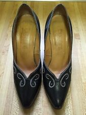 Vintage Buskens 1970s Black Hand Tooled Leather Empire Women's Pumps 9M Brazil