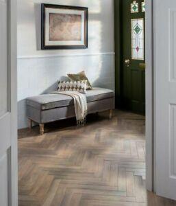 Parquet Solid Oak Wood Flooring 500mm x 70mm x 22mm for Herringbone or Fishbone