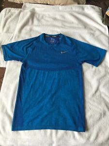 Nike Dri Fit Knit short sleeve.Rare Paramount Blue Tru Berry color.Size Small.