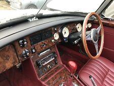 MGB & GT 1975 - 1976 + V8 en bois de noyer Dash Trim Kit