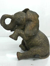 Baby Sitting Elephant Ornament Figurine Brand New Boxed
