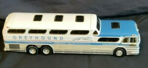 Corgi Greyhound Scenicruiser Destination Philadelphia 1/50