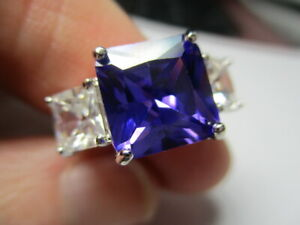 STERLING SILVER 925 ROSS SIMONS PRINCESS CUT PURPLE CUBIC ZIRCONIA RING SIZE 6