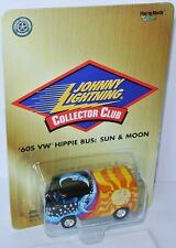 Collectors - 1960´s VOLKSWAGEN HIPPIE BUS * Sun & Moon * - 1:64 Johnny Lightning