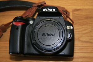 Nikon D60 10.2 MP Digital SLR Camera with original battery and charger