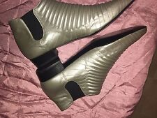 Luc Berjen Paris Accordion Ribbed Quilted Leather Bootie Vintage Trippen Moto