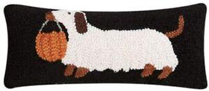 "Peking Handicraft - Halloween Dachshund 5"" x 12"" Hooked Pillow 31TG833C05OB"
