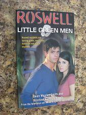 Roswell Little Green Men TV Series Book - Brand New