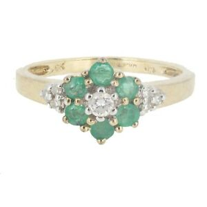 Pretty 9ct Gold Emerald And Diamond Flower Cluster Ring Size N