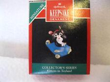 1991 Hallmark Miniature Mini Kittens In Toyland #4 In The Series - Airplane Cat