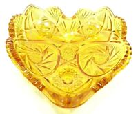 VINTAGE 1960s LE SMITH CANDY DISH AMBER HAND PRESSED GLASS HERITAGE HEART SHAPE