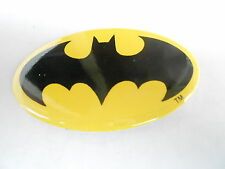 VINTAGE PINBACK BUTTON #73-068- OVAL - BATMAN LOGO #1