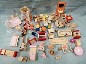 Bundle Job Lot Wooden Dolls House Furniture Bath Shower Chairs Etc. #796