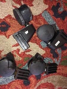 LOT OF 4 BRINKMANN GRILL LOCKING CASTER WHEELS 600-2513-0+Brackets Set 550-9522