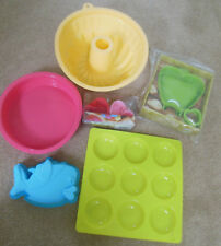 Silicone cake moulds selection, cakes, hearts, fish, apple pie