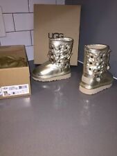 Ugg Classic Short Flora Gold 1010291T T/ SGD Boots Size USA6 UK5 New With Box