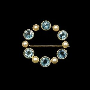 15.10 CT Round Cut Blue Aquamarine & White Pearl Wreath Circle Brooch IN 925 SS