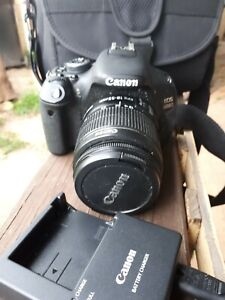 Canon Camera  SLR  600d  Still And Video , bag and battery charger,no battery