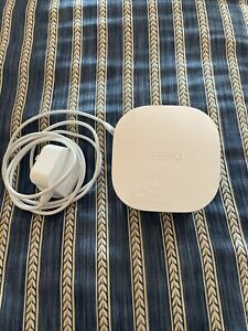 New eero mesh (3rd Generation) Wi-Fi Router/Extender J011111