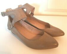 Restricted Womens 7.5M Taupe Brown Leather Wedge Heel Flats Double Ankle Strap