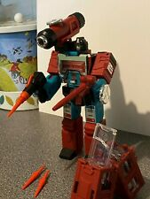 TRANSFORMERS PLATINUM EDITION REISSUE PERCEPTOR with WEAPONS, PARTS Collectable