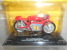 MV AGUSTA 3 CIL 500 CC WORLD CHAMPION 1967 AGOSTINI 1:24