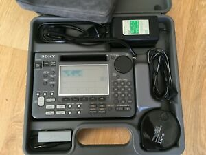 SONY ICF-SW55 Radio with accessories in original box