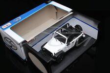 Diecast Car Model Maisto Jeep Wrangler Willys 1:18 (White/Black) + GIFT!!!