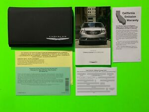 2015 Chrysler TOWN & COUNTRY Factory Owners Manual User Guide Set & Case *OEM*
