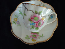 SALISBURY SCALLOPED WITH GOLD TRIM CUP & SAUCER *LOOK*