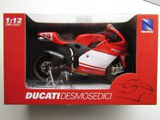 NewRay 1:12 Scale Diecast Model Ducati Desmosedici GP3 # 65 Loris Capirossi New