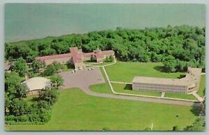 Madison WI~Edgewood College Of Sacred Heart Campus~Vintage Postcard