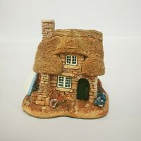 Lilliput Lane The Cuddy Miniature Decorative Collectable Ornament Unboxed