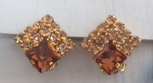 EXCEPTIONAL PRE-LOVED TOPAZ DIAMANTES EARRINGS IN CLIP-ON STYLE