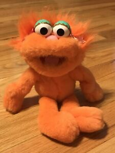"""~~~ VERY RARE~~~  """"ZOE"""" A 1994 Jim Henson Muppets made by Applause"""