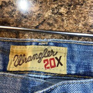 Wrangler 20X Jeans. Size 35x32