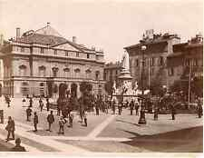 Brogi. Italie, Milano, piazza della scala col monumento a Leonardo Vintage album