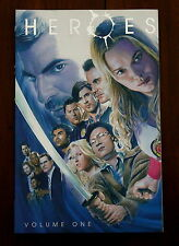 NBC HEROES GRAPHIC NOVEL VOLUME 1 - DC COMICS - NM SIGNED BY TIM SALE