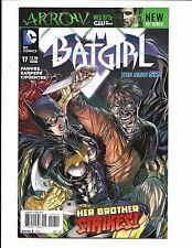 BATGIRL # 17 (DC NEW 52!  APR 2013), NM NEW