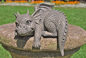 Gartenfigur Gartendrache - Modell Kantenhocker - Fantasy Figur Deko Drache süß