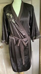 Presence Glossy Brown Ladies Robe Dressing Gown Gold Beaded Size 16 18 VGC