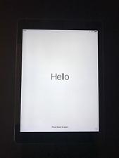 Apple iPad Air 1st Generation 16GB, Wi-Fi 9.7in - Space Gray