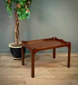 Attractive Vintage Antique Style Small Mahogany Coffee Table