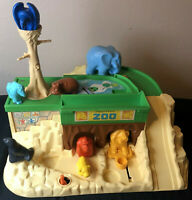 Vintage Fisher Price Little People Play Family Zoo #916 Animals