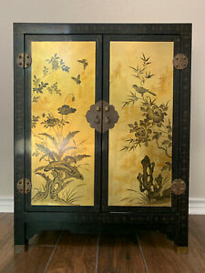 Coromandel Black and Gold Lacquer Cabinet w Huaniao Hua Bird and Flower Motifs