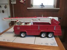 TONKA FIRE TRUCK ENGINE PRESSED STEEL WITH ARIAL SWIVEL LADDER BOOM