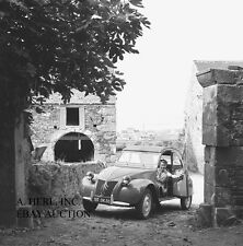 Citroen Citroën 1964 2CV duck France press photo campaign photo photograph
